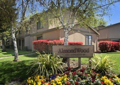 Almondwood Apartments Exterior