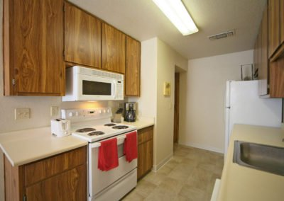Almondwood Apartments Kitchen