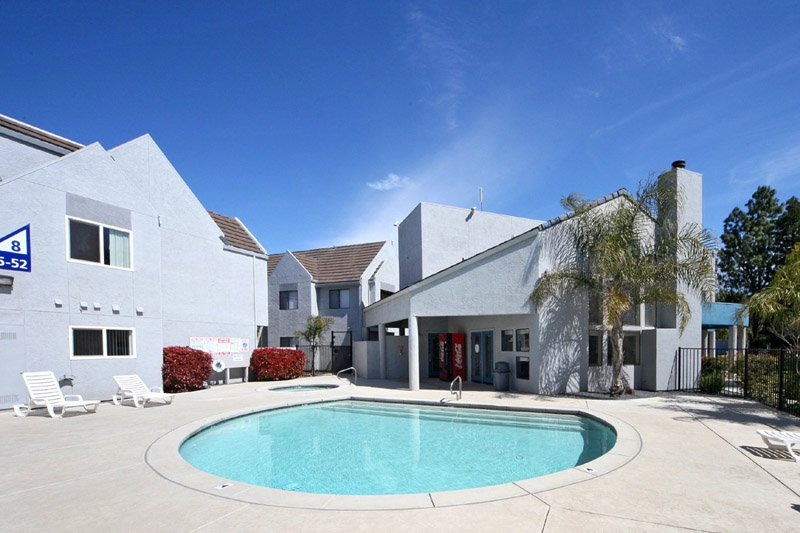 Fountain Circle Townhomes in Davis pool area