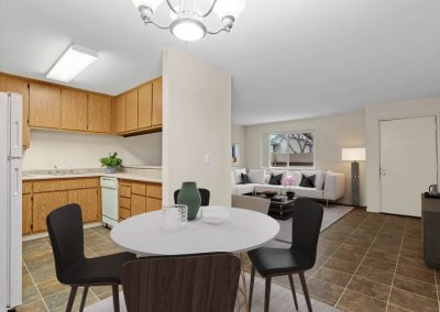 Fountain Circle Townhomes Dining Area - 2BR Apartment