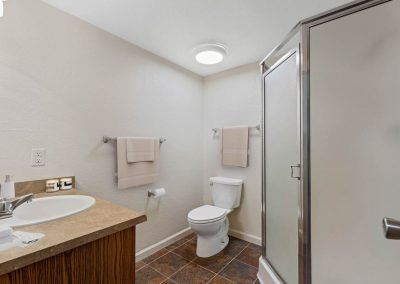 Fountain Circle Townhomes Bathroom - 3BR (Style A)