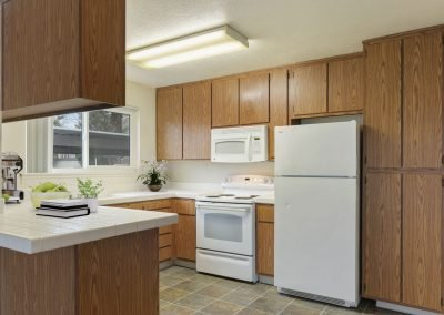 Fountain Circle Townhomes Kitchen - 1 Br Apartment