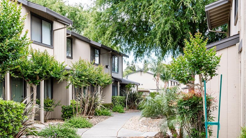 Photograph of Almondwood Apartments Landscaping