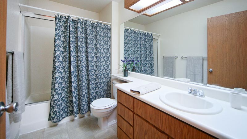 Photograph of Fountain Circle Townhomes Bathroom