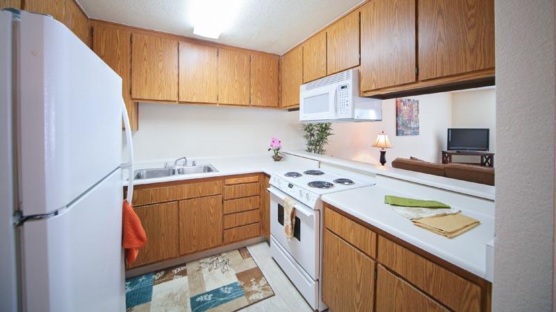 Fountain Circle Townhomes Kitchen